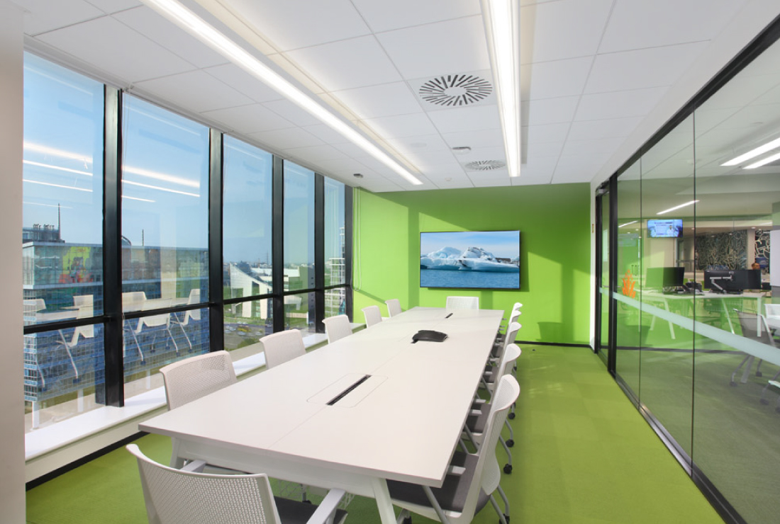 Macquarie Group office room interior design